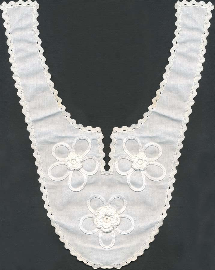 "14"" Crochet + Embroidered Collar-White - Collar"