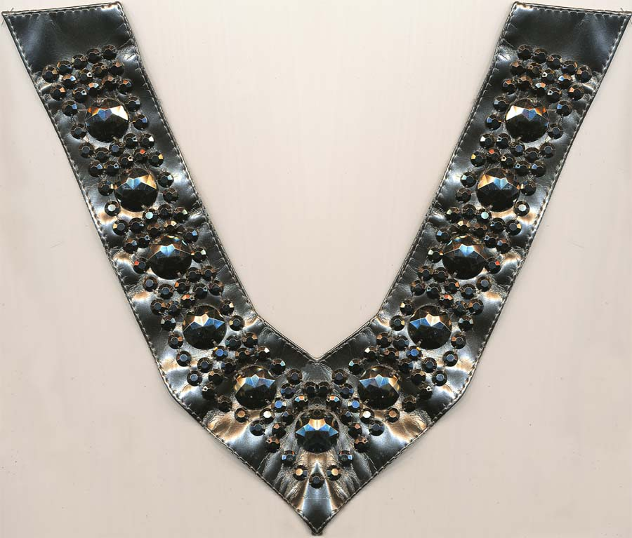 "11"" X 2"" Faux Leather Beaded Collar-Silver/Gunmetal Beads"
