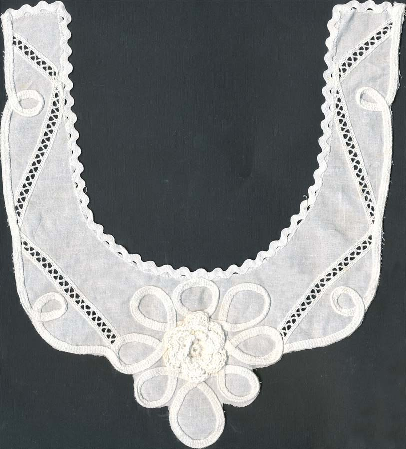 "12"" Crochet And Embroidered Collar-White"