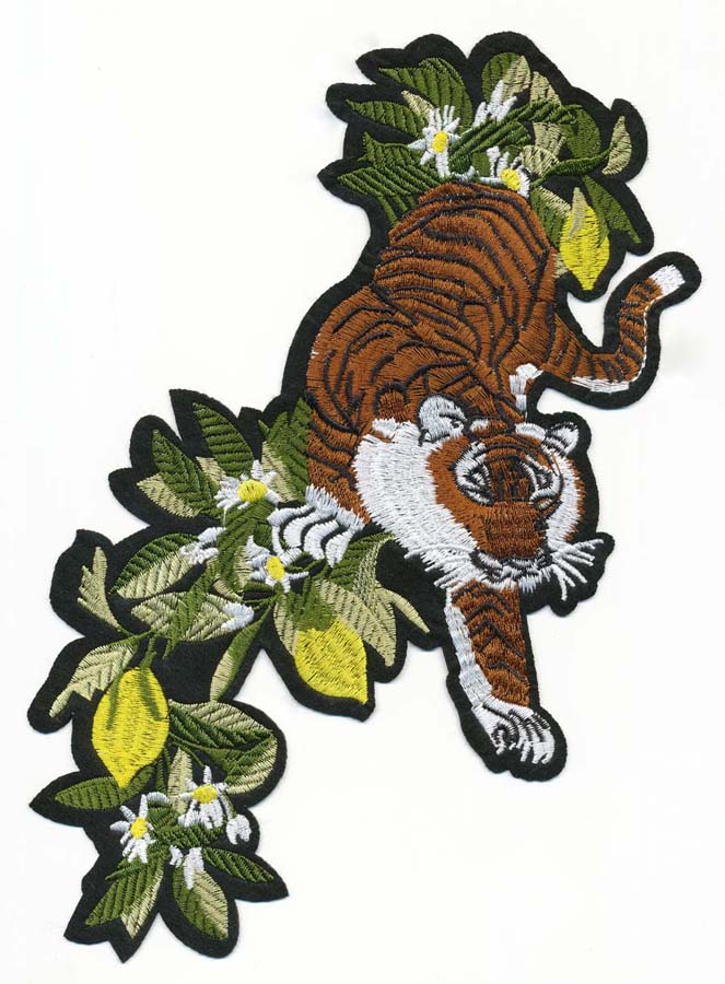 "5 7/8"" x 11"" Large Tiger With Daisy Wildflowers-Russet Brown/Green/White/Black/Lime"
