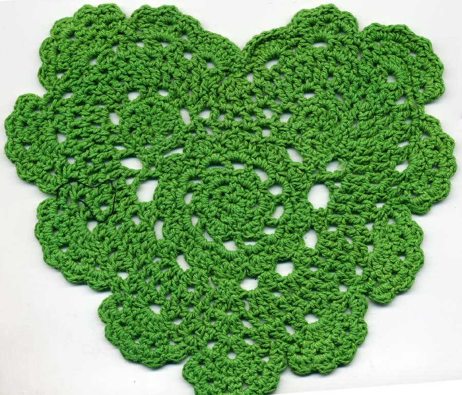 "5.5"" x 6.25"" Crochet Heart Applique-Green"