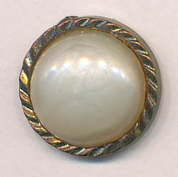 22L Pearl with Gold Rim Shank Button-Pearl/Gold