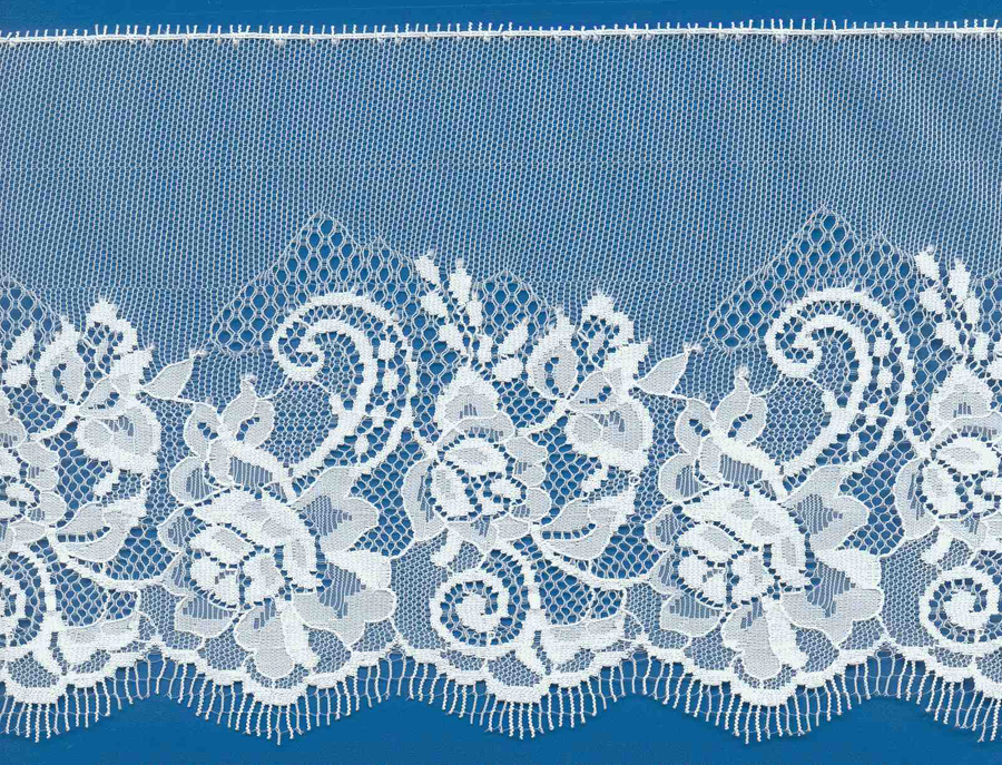 "5-3/4"" Rigid Edge Floral Bud Lace-White"