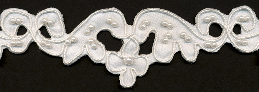 "1 1/2"" Beaded Flower Lace-White"