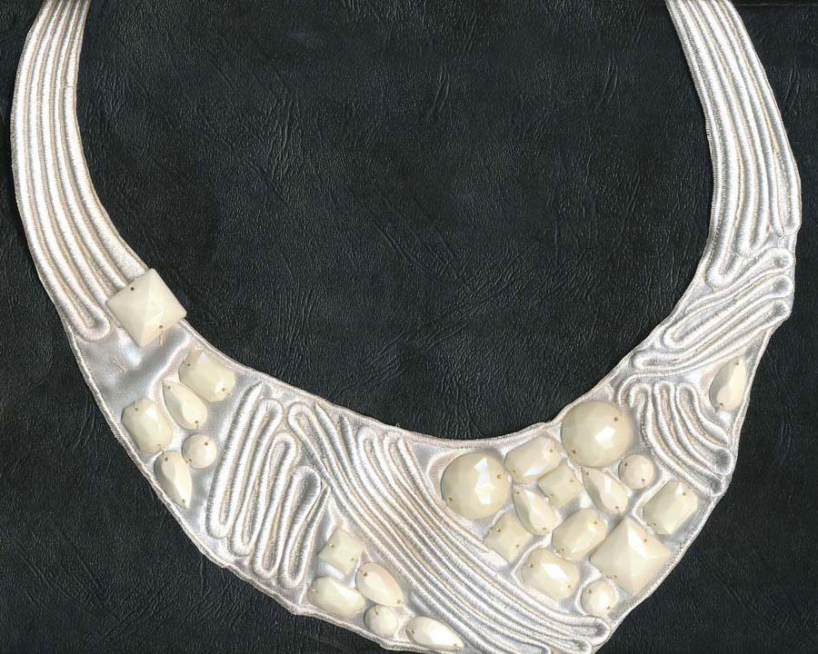 "11"" Acrylic Stone And Embroidered Collar-White/Ivory - Collar"
